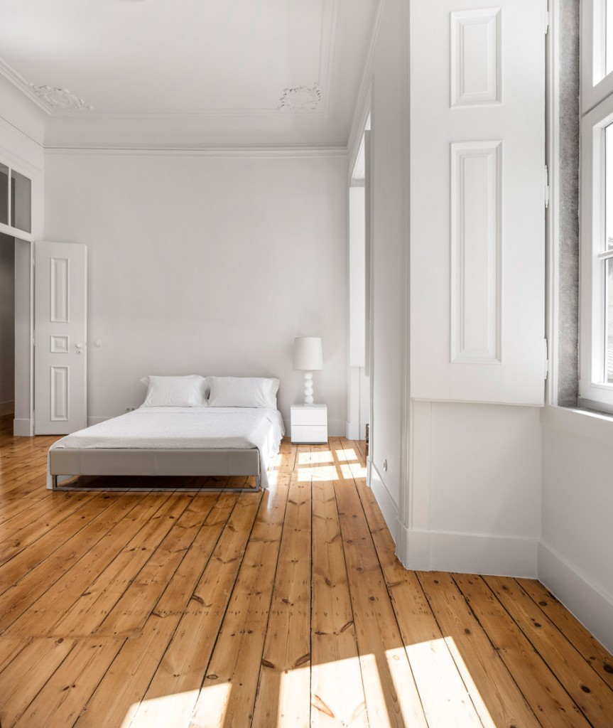 original wooden flooring was restored in this 19th century apartment 1 863x1024 3 Interior Tips to Help Make Your Bedroom More Comfortable