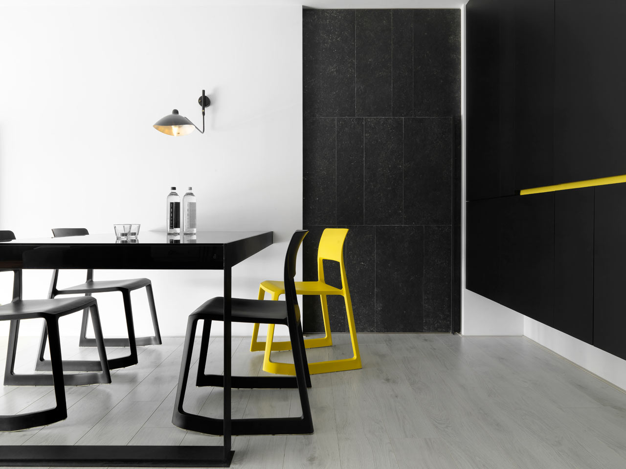 taichung h residence6 Modern Apartment with Bright Yellow Accents