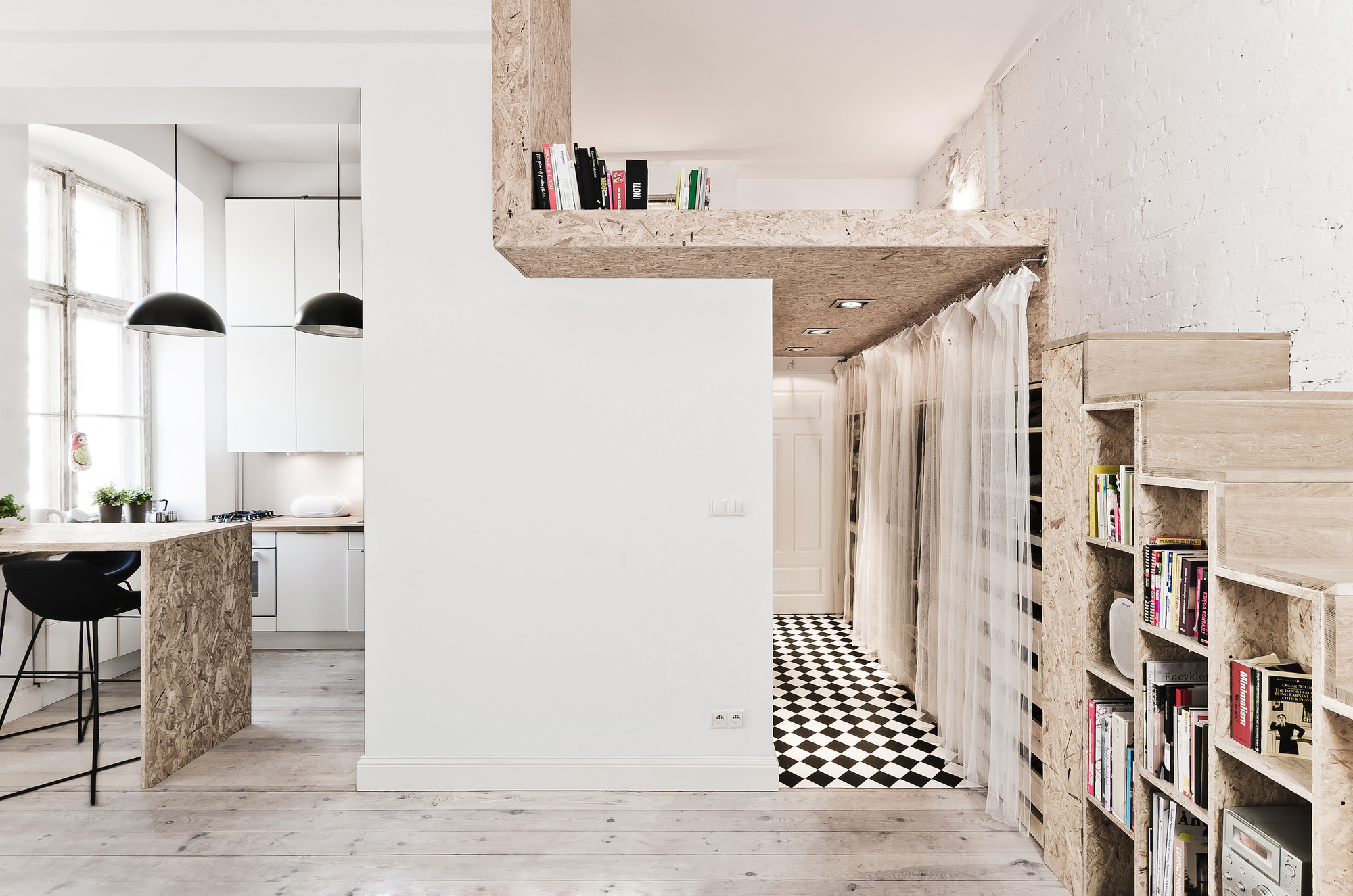 29 sqm 3xa 1 OSB Was Used To Build a Mezzanine in This Tiny 29m² Apartment