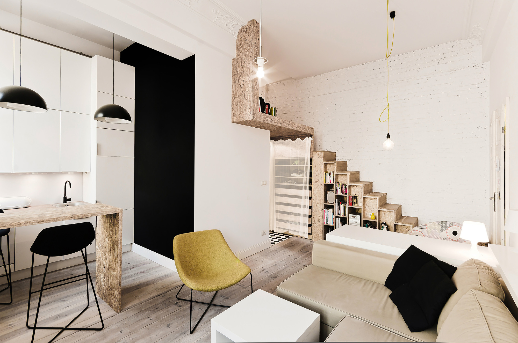 29 sqm 3xa 3 OSB Was Used To Build a Mezzanine in This Tiny 29m² Apartment