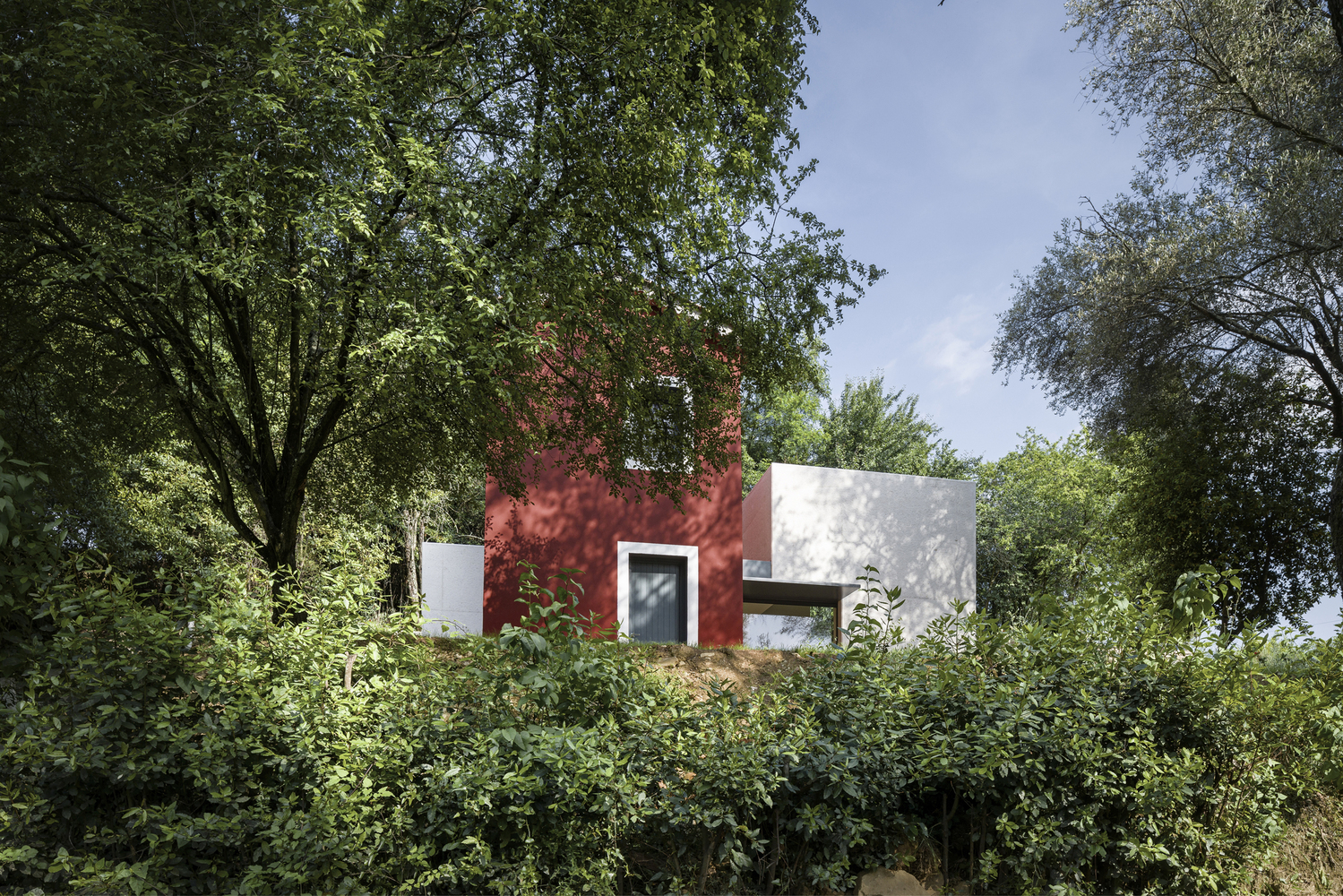 Renovation Of An Old Rural House By Cyril Ch 234 Nebeau Architects