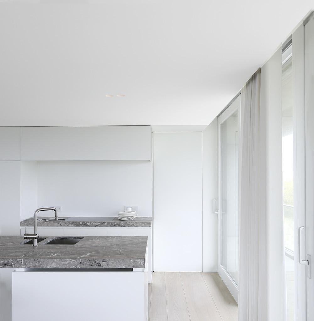 unique triplex apartment in oostduinkerke11 Unique Triplex by Govaert & Vanhoutte