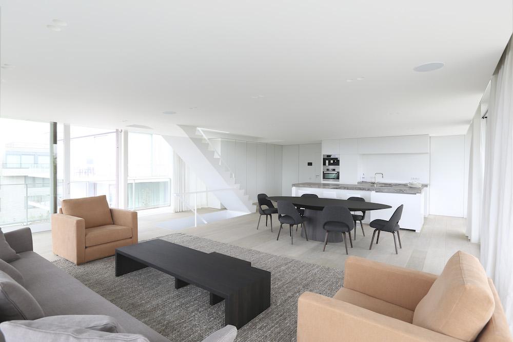 unique triplex apartment in oostduinkerke14 Unique Triplex by Govaert & Vanhoutte