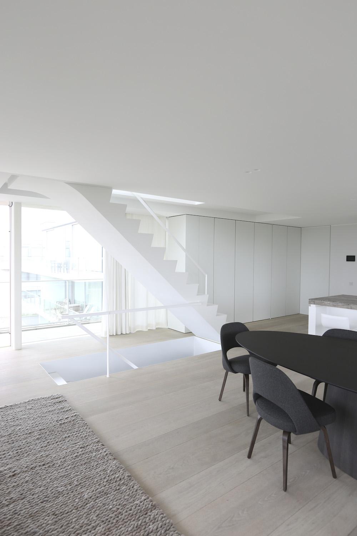 unique triplex apartment in oostduinkerke15 Unique Triplex by Govaert & Vanhoutte