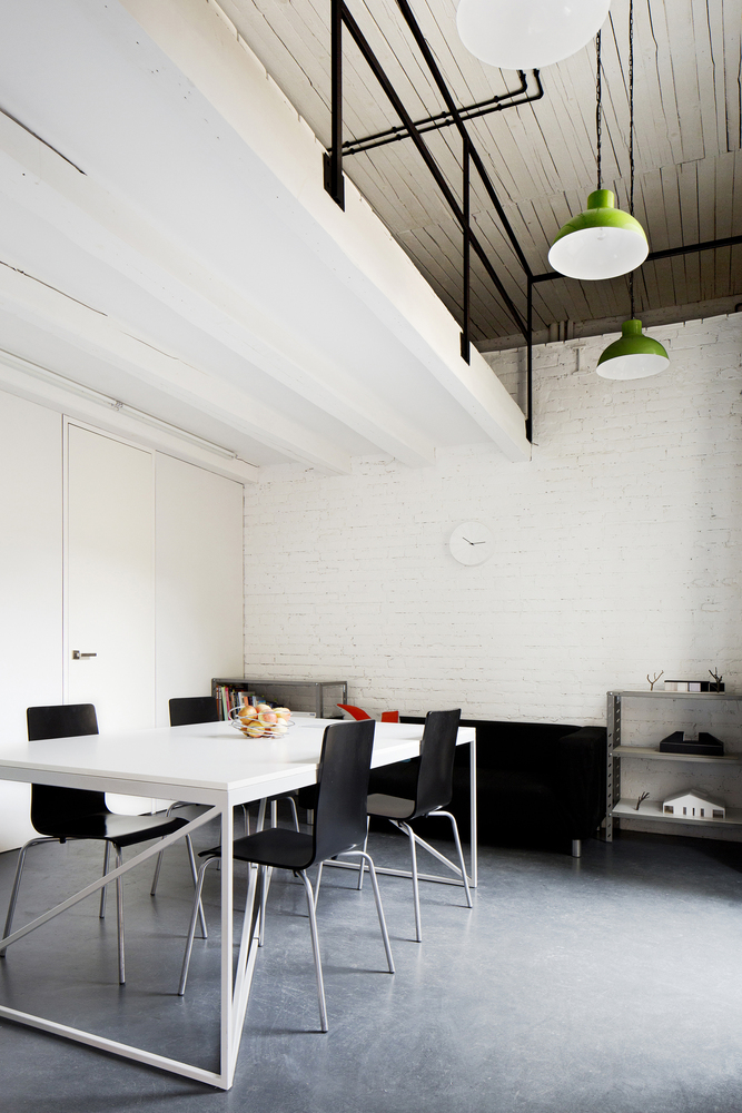inostudio designed a minimalist office in gliwice 9 INOSTUDIO Designed a Minimalist Office in Gliwice