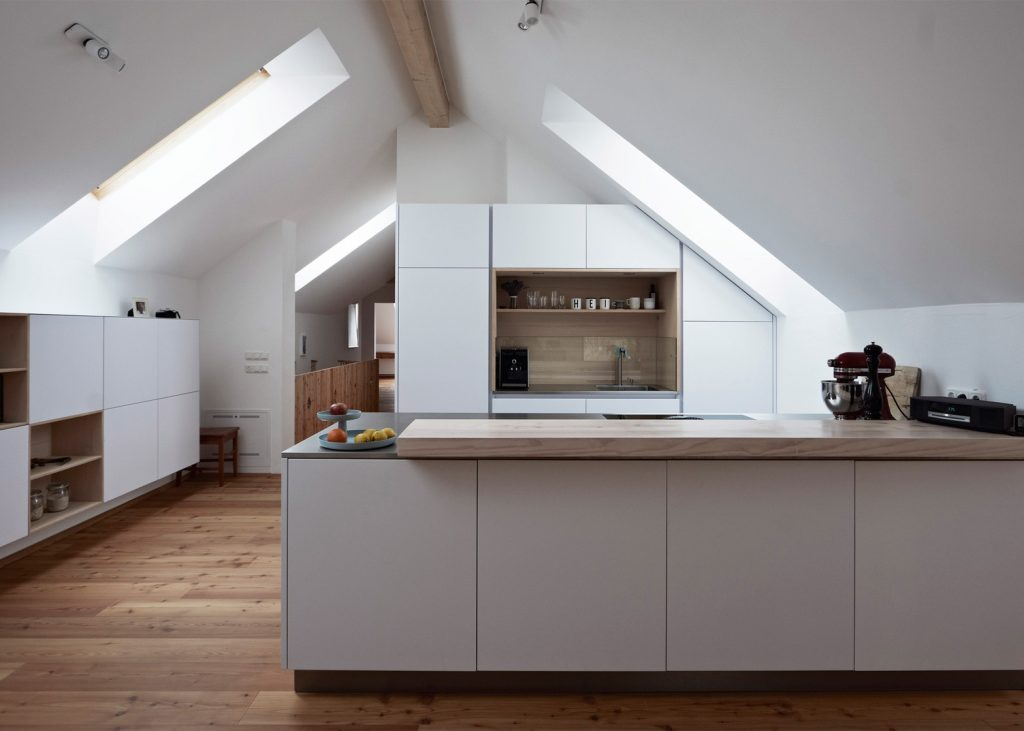 modern extension was added to a traditional farmhouse in austria 7 1024x731 Modern Extension Was Added To a Traditional Farmhouse in Austria