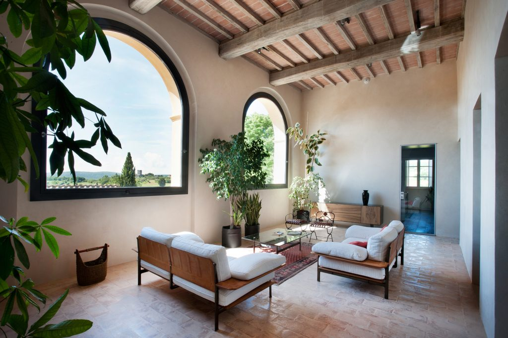 15th century italian villa renovation by cmt architects 2 1024x681 15th Century Italian Villa Renovation by CMT Architects