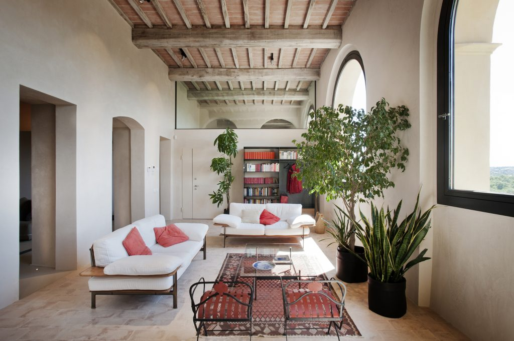 15th century italian villa renovation by cmt architects 6 1024x681 15th Century Italian Villa Renovation by CMT Architects