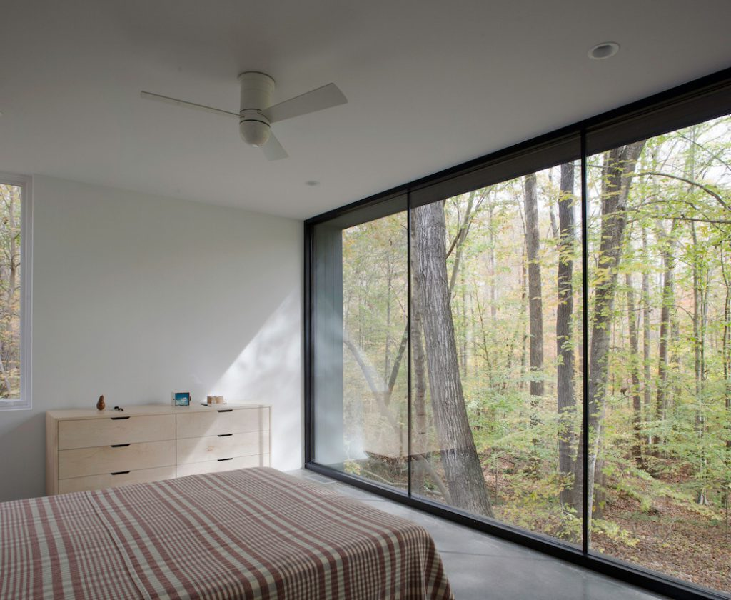 black house hidden in the forest by in situ studio 4 1024x840 Black House Hidden In The Forest By in situ studio