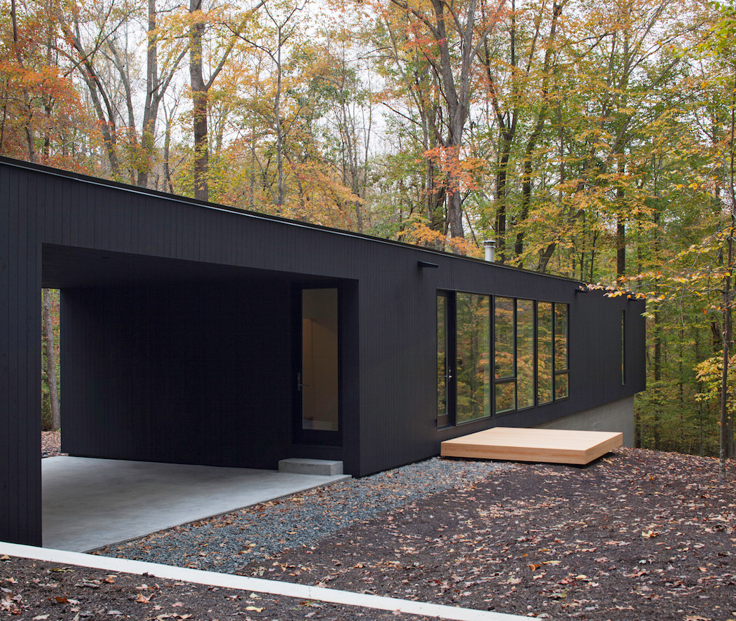 ... black house hidden in the forest by in situ studio 8 1024x864 Black  House Hidden In ...