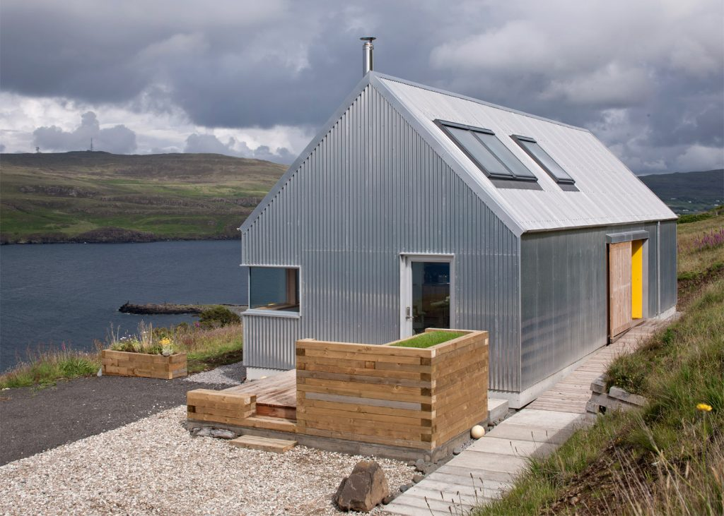 the tinhouse is a holiday home on the scottish island 3 1024x731 The Tinhouse is a Holiday Home on the Scottish Island