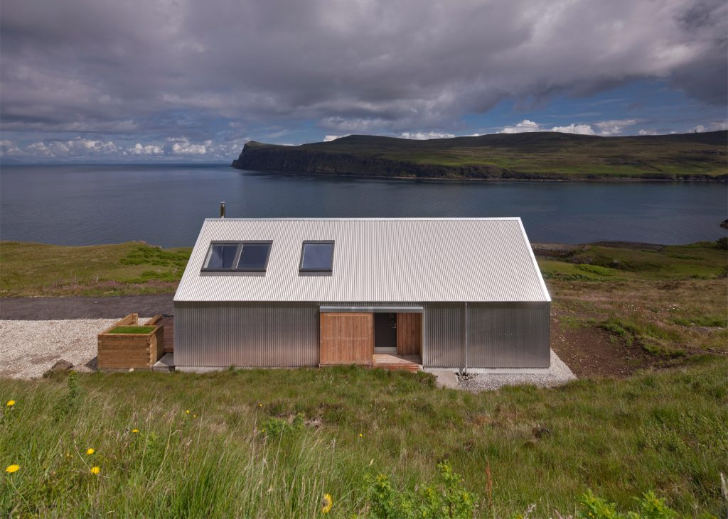 the tinhouse is a holiday home on the scottish island 5 1024x731 The Tinhouse is a Holiday Home on the Scottish Island