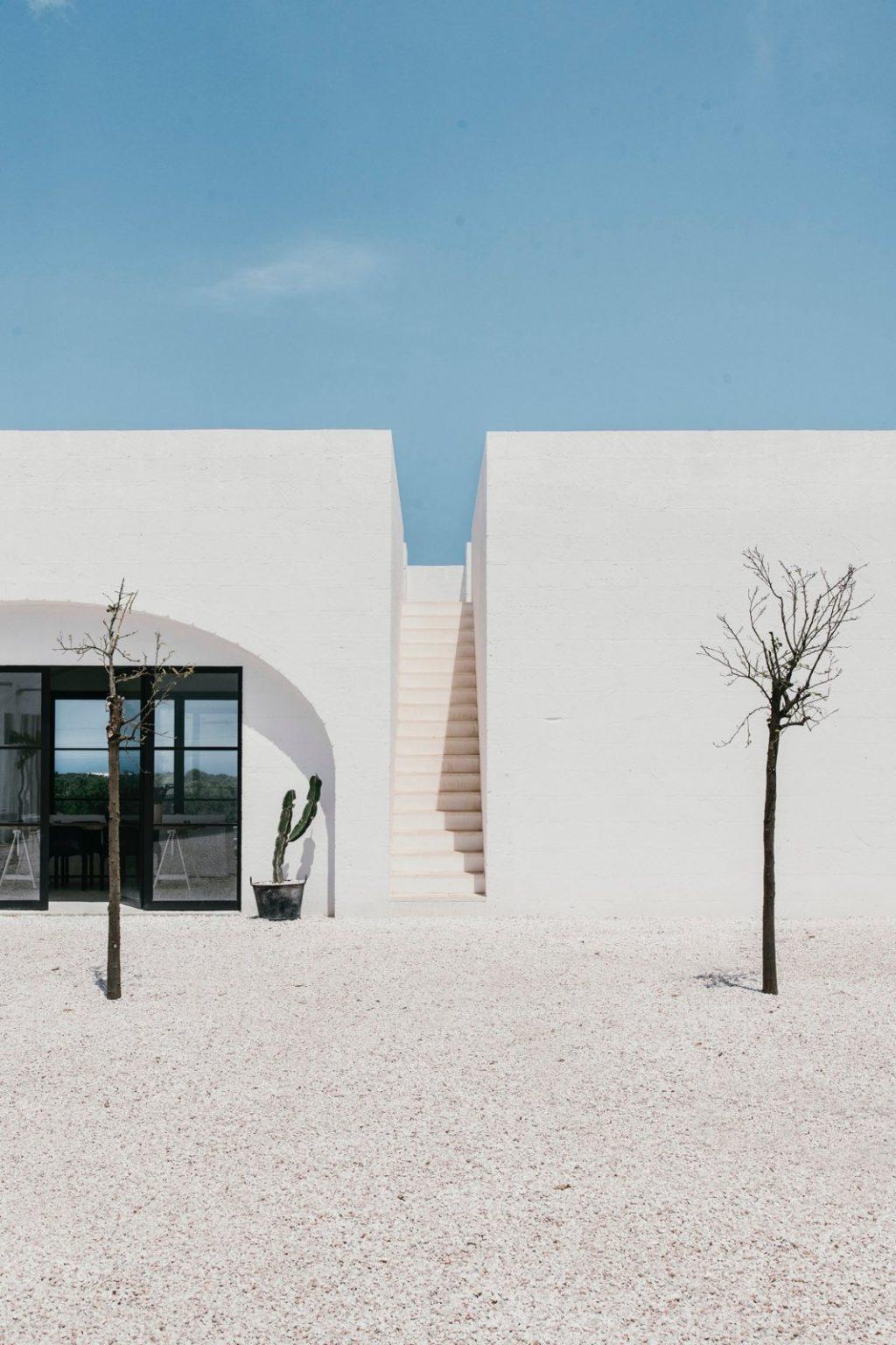 Masseria Moroseta farmhouse by Andrew Trotter