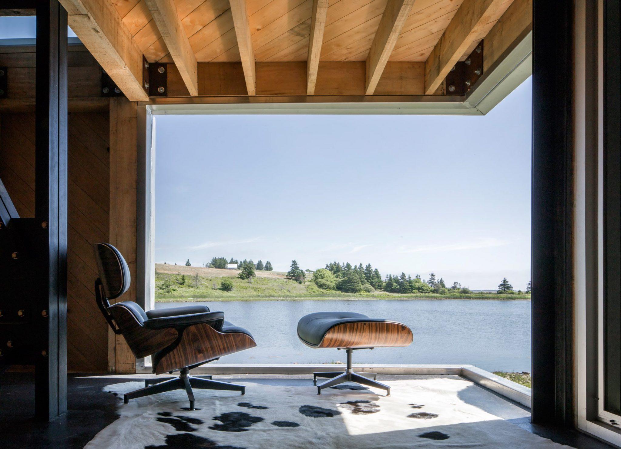dreamy coastal house by studio mackay lyons sweetapple 5 Dreamy Coastal House by Studio MacKay Lyons Sweetapple