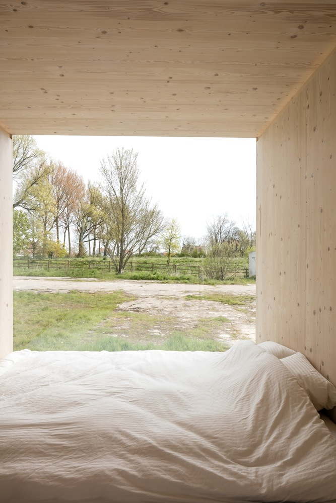 escape from the stressful city life with this awesome cabin 3 Escape from the stressful city life with this awesome cabin
