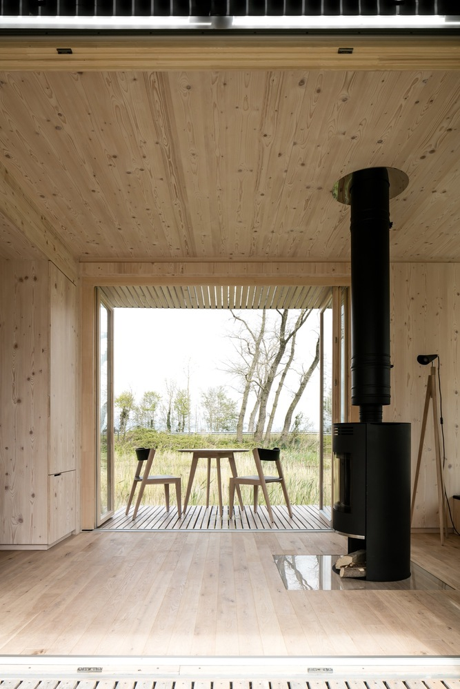 escape from the stressful city life with this awesome cabin 4 Escape from the stressful city life with this awesome cabin