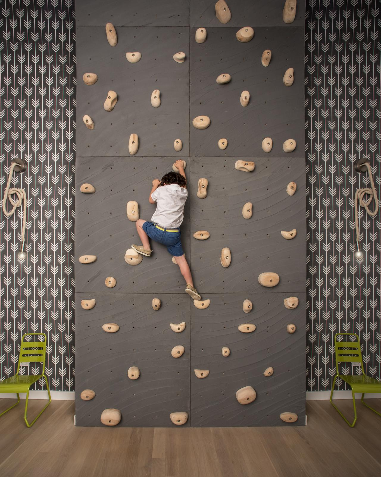 22 awesome rock climbing wall ideas for your home your for Awesome photo wall ideas for your house