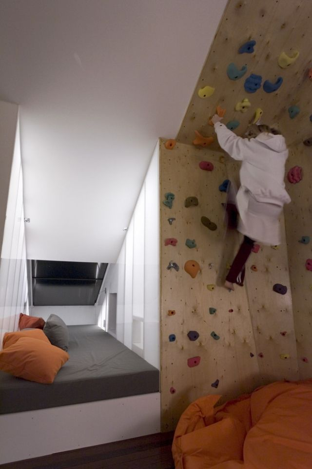 wall climbing room 22 Awesome Rock Climbing Wall Ideas For Your Home