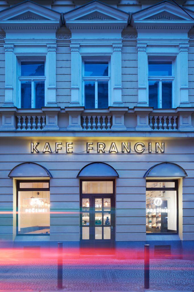 bistro francin ddaann boysplaynice 01 683x1024 Kafe Francin by Studio DDAANN