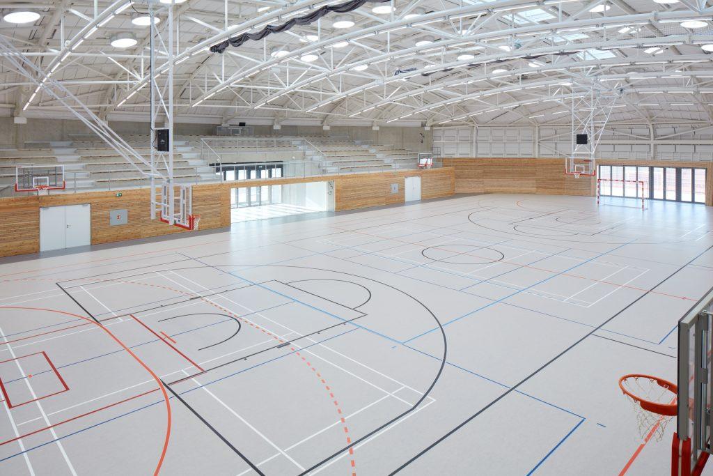 sporadical sportovni hala dolni bezany boysplaynice 23 1024x683 Dolní Břežany Sports Hall by SPORADICAL architects