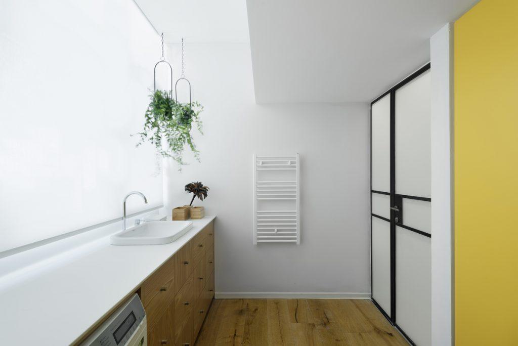 17040 service area 1024x684 59m² Apartment in Central Tel Aviv by XS Studio
