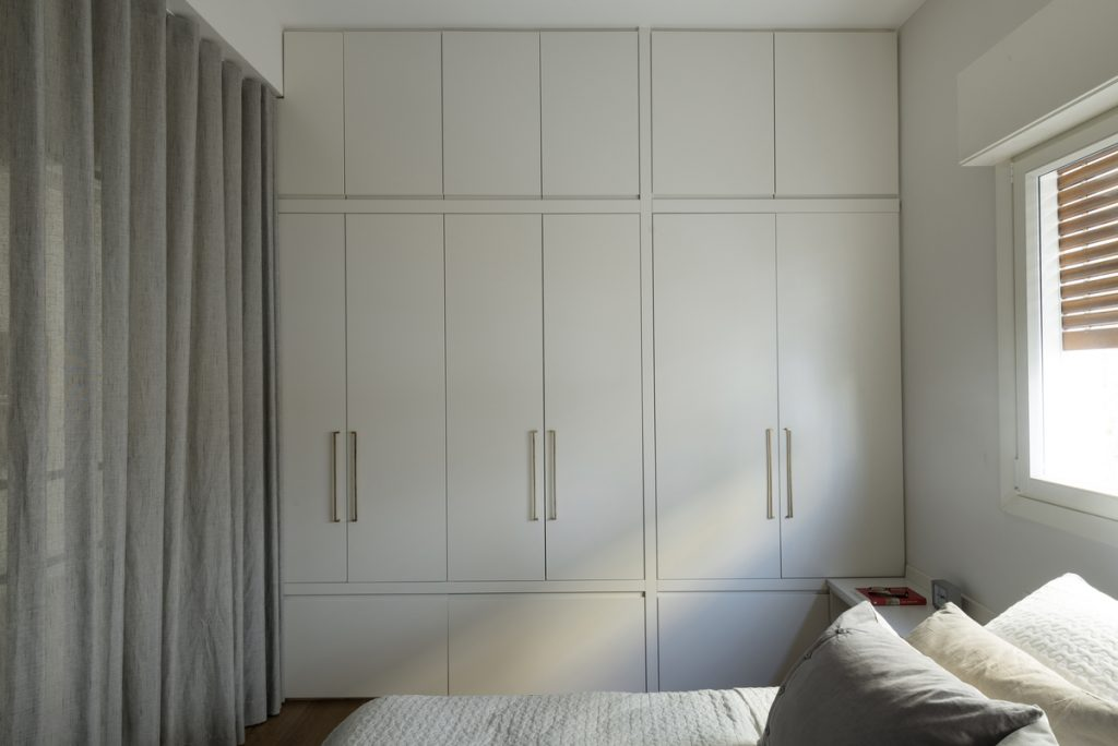 17050 sleeping room  1024x684 59m² Apartment in Central Tel Aviv by XS Studio