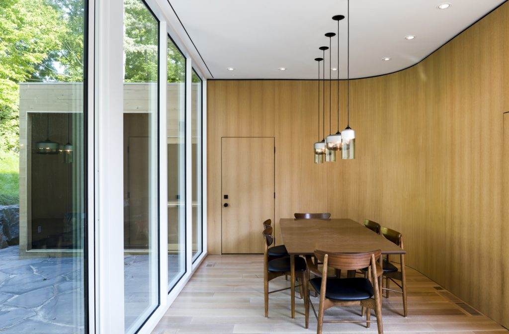 22913 dining 1024x672 The Stack House By Lazor Office