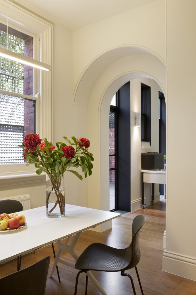 30788 kitchenandfamil 683x1024 Queen Bess House by ZGA Studio