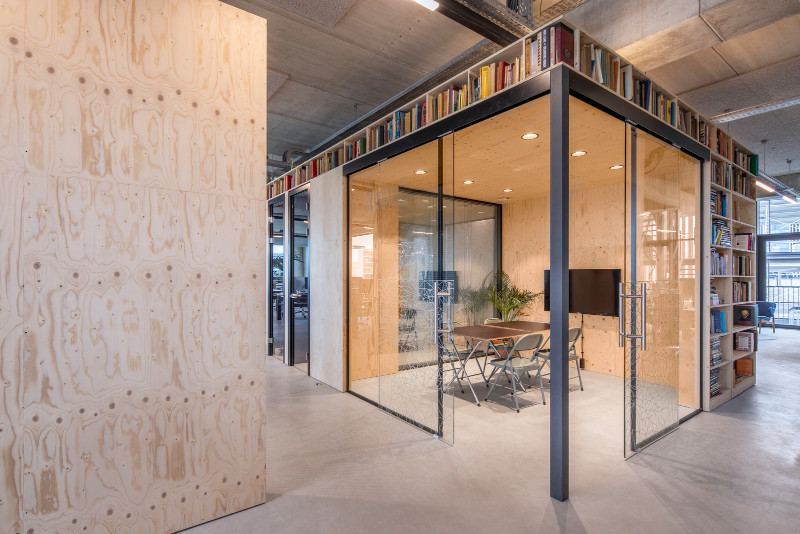 woutervandersar 18052700 22 Shared Office Space in Amsterdam by Standard Studio