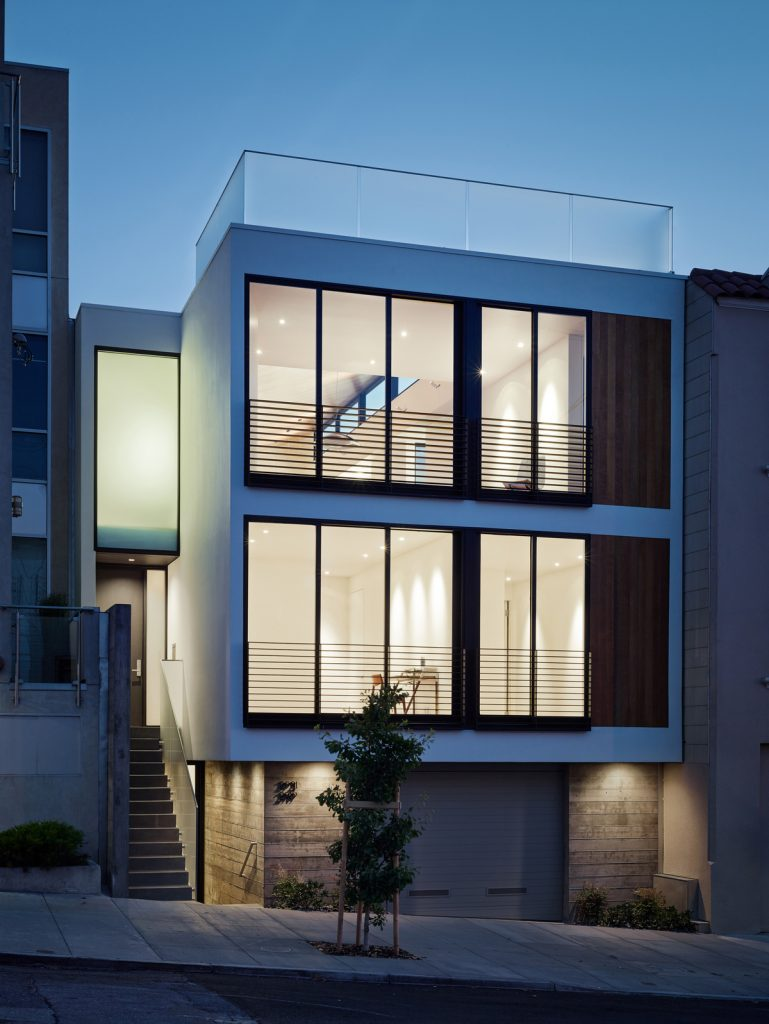 29942 frontatdusk 769x1024 Laguna Street Residence by Michael Hennessey Architecture