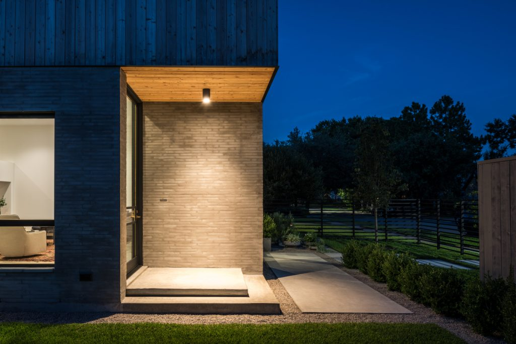 exterior entry 1024x684 Family Headquarters by Viviano Viviano architecture