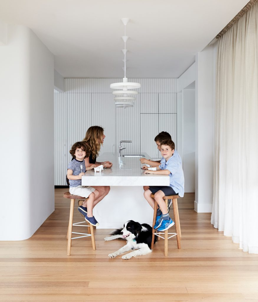 7 875x1024 Holroyd   A Renovation By Foomann Architects
