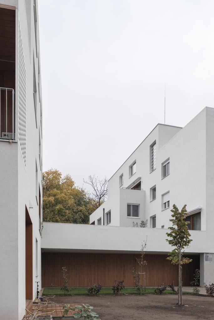 residential housing 1 683x1024 Residential housing in Kőbánya by építész Stúdió