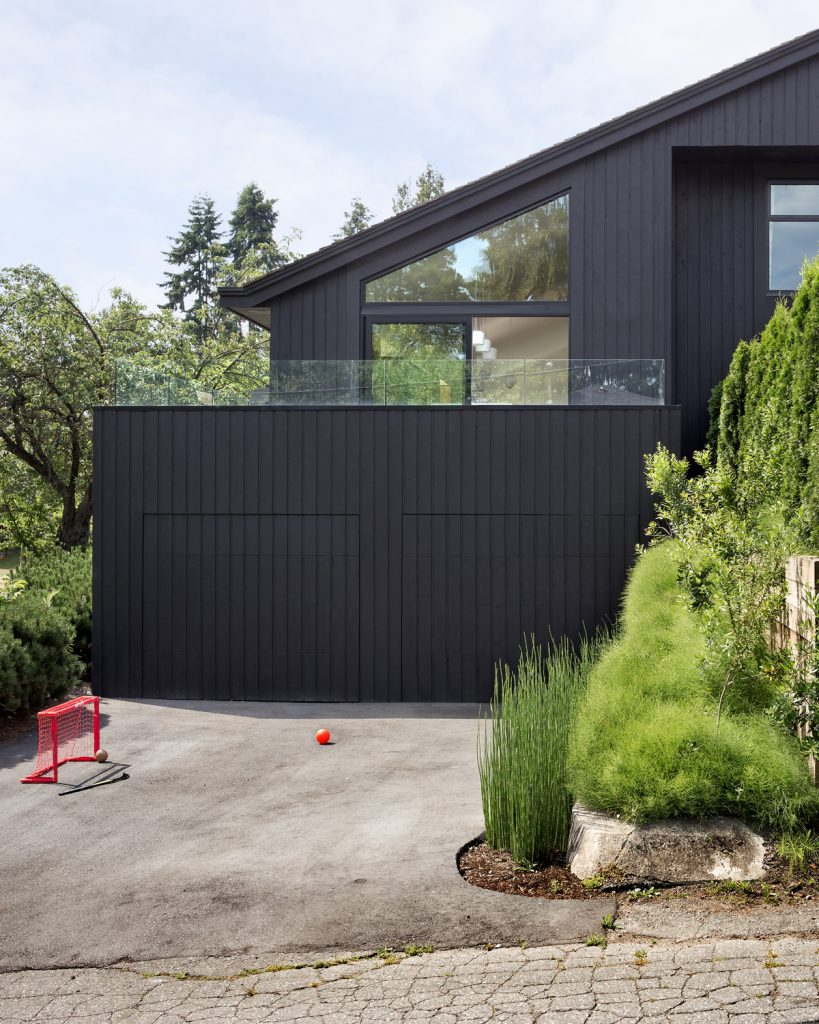 split level renovation 15 819x1024 Split level house renovation by DArcy Jones Architects