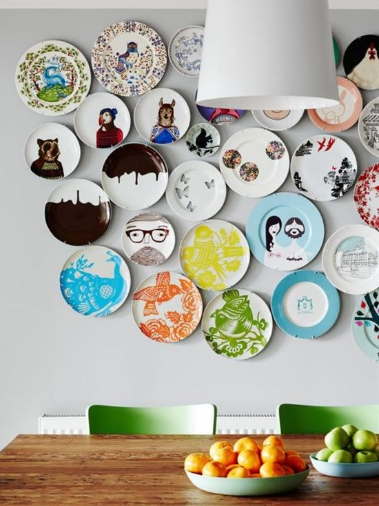 hanging plates 8 Low Cost Ideas for Creating a Unique Home Interior