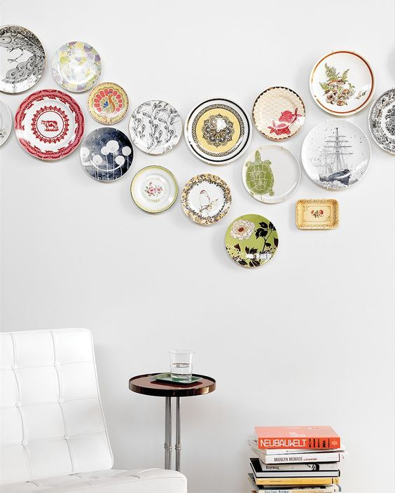 plate wall decor 8 Low Cost Ideas for Creating a Unique Home Interior