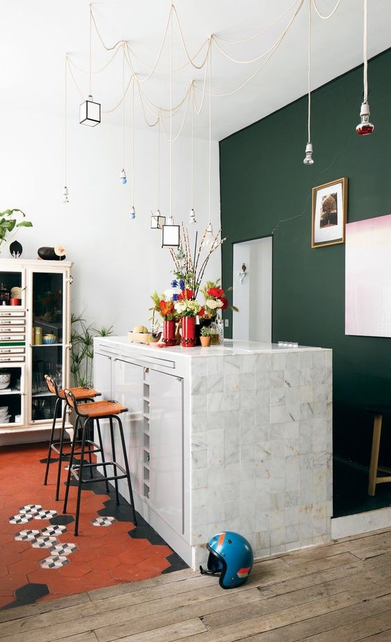 green accent wall Statement Pieces: Home Decor Ideas That Will Stand the Tests of Time