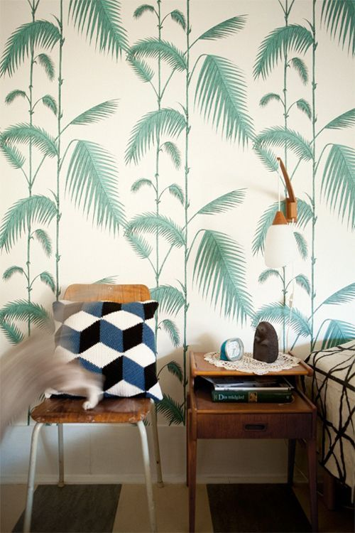 palm tree leaves wallpaper How to Find the Best Soundproof Wallpaper for your Home