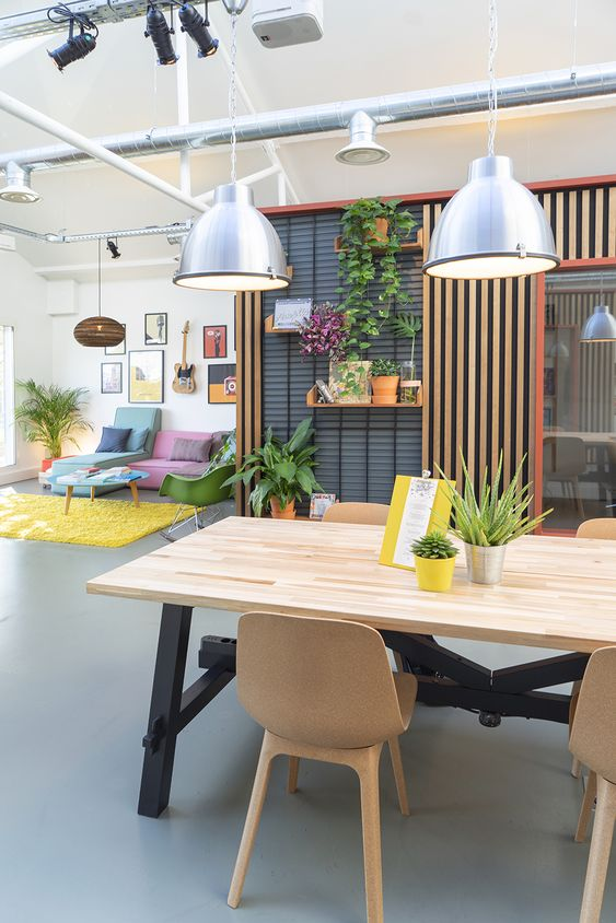 creative co working space paris Using Office Design to Embrace Collaboration
