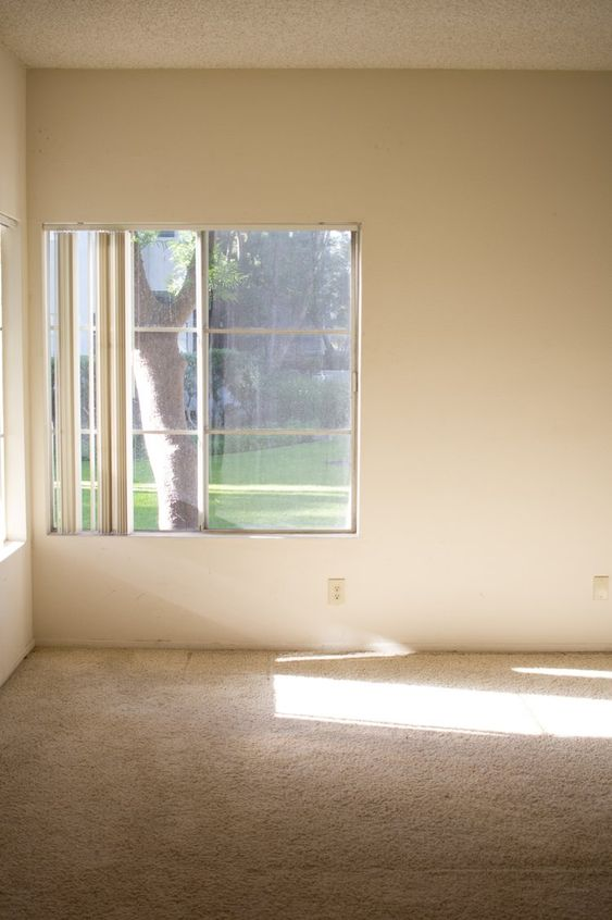 empty room 3 Tips for People Who Move Frequently