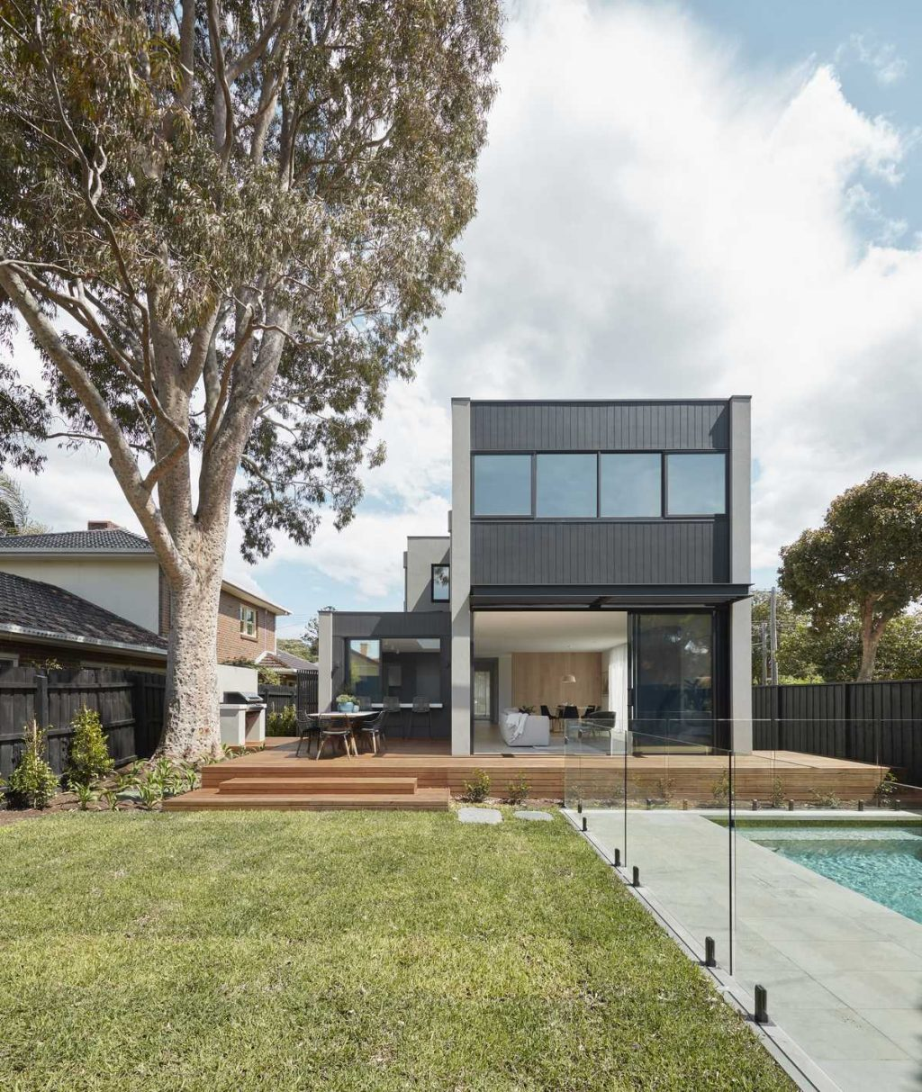 Spotted Gum Tree House by Merrylees Architecture