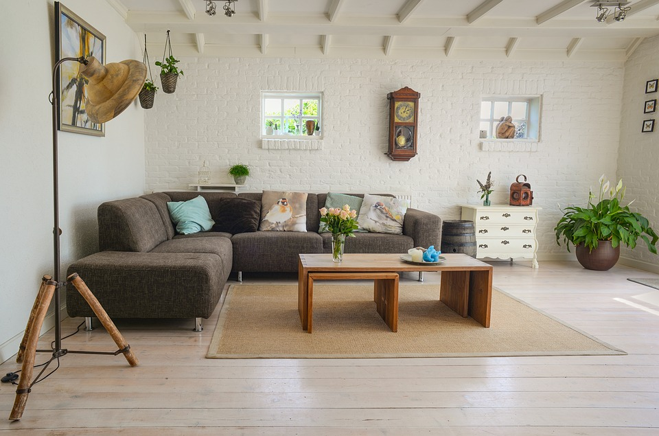 living room How to Protect Your Furniture When Moving