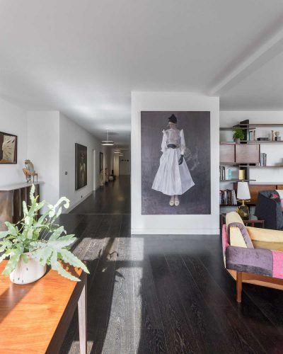 Collector's flat by MATA Architects
