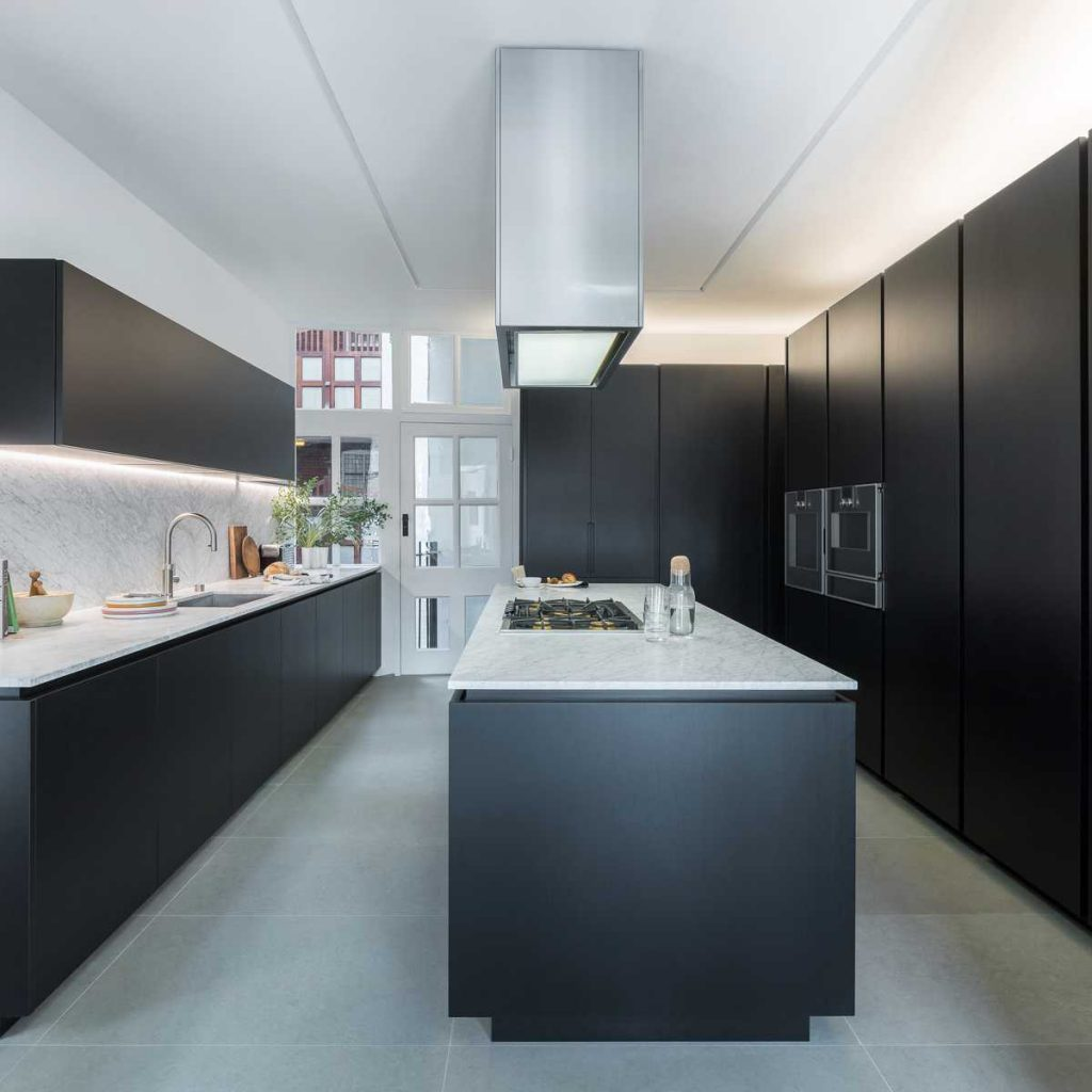 %name Collectors flat by MATA Architects
