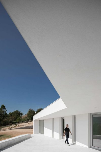 House in Lamego by António Ildefonso