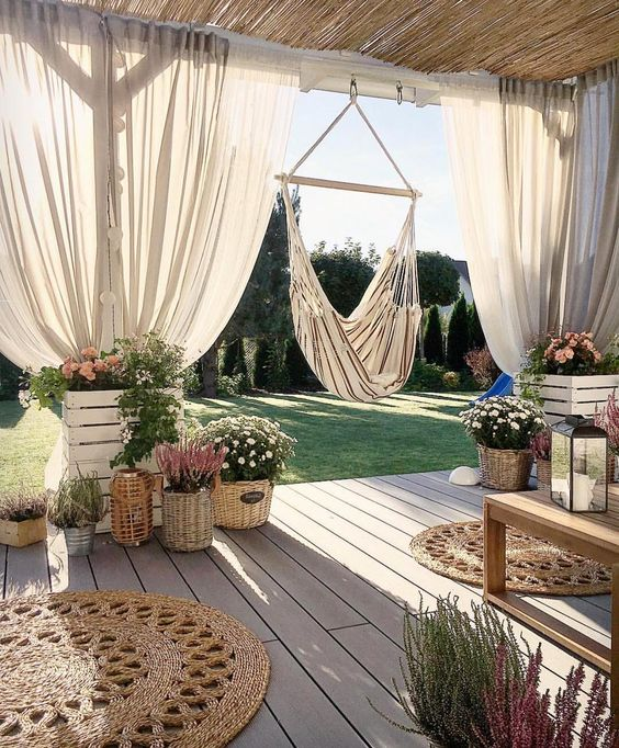 lovely backyard How to Create A Thrilling Outdoor Space