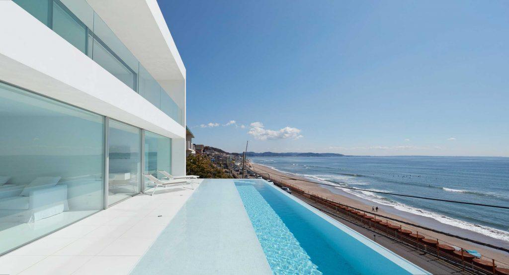 swimming pool in kanagawa 1024x553 Amazing Pools: 8 Most Beautiful Swimming Pools in the World