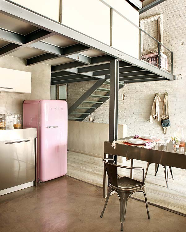 NotAPaperHouse.com pink interior 4 Loft Apartment With Vintage Details