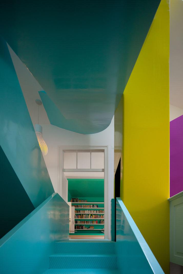 GMG House Pedro Gadanho 4 Multicolor and Contemporary Interior in Portugal
