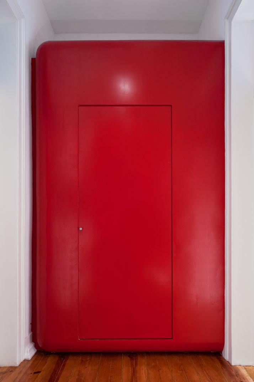GMG House Pedro Gadanho 9 Multicolor and Contemporary Interior in Portugal